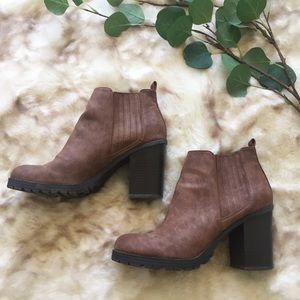 » Sam & Libby ankle booties